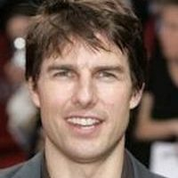 A frontal photo of Tom Cruise's head.